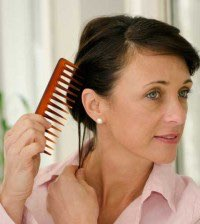 Hair-loss-in-women-feature